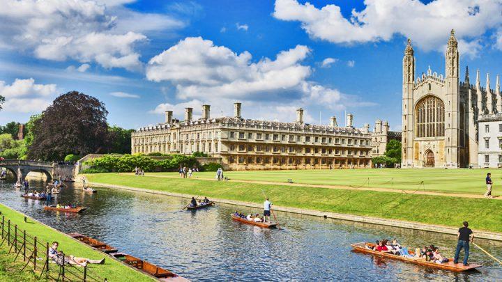 Cambridge sposta online tutte le lezioni fino all'estate 2021