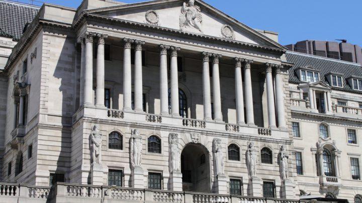 La Gran Bretagna vende titoli con rendimento negativo
