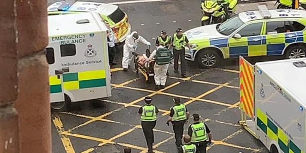 Glasgow (Scozia), diverse persone accoltellate in un hotel