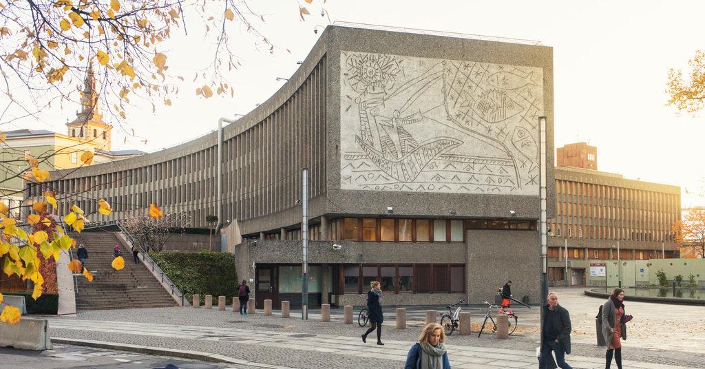 In Norvegia abbattono un palazzo con opere di Picasso